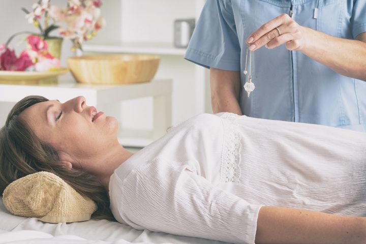 Hypnose-traitement-psychologie