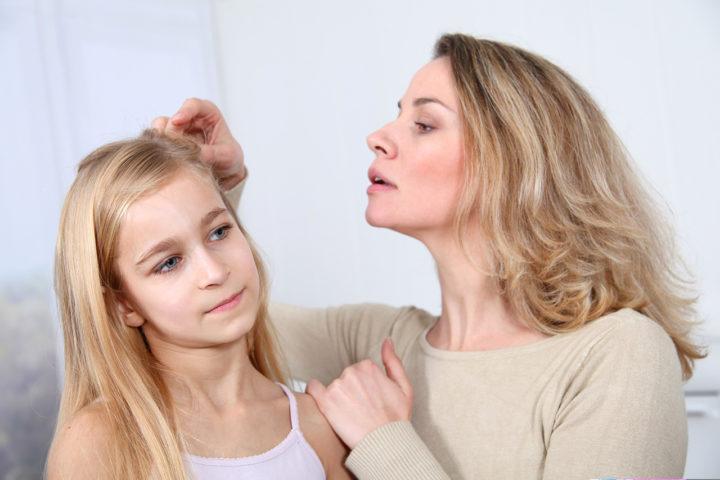 Les cheveux : le terrain des poux