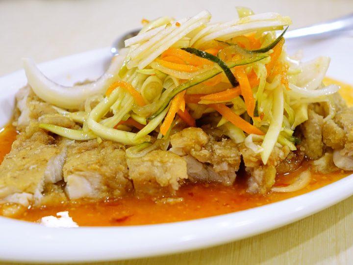 Le Pad thaï au poulet, l'emblème de la cuisine Thaïlandaise