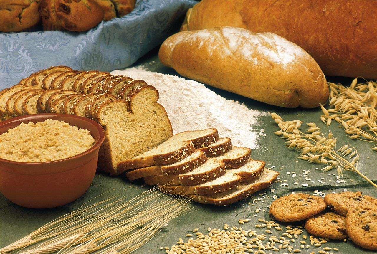 pain et céréales complètes : source de vitamine B8