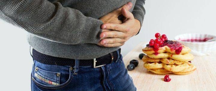 Le cancer de l'estomac entraine des douleurs à l'estomac