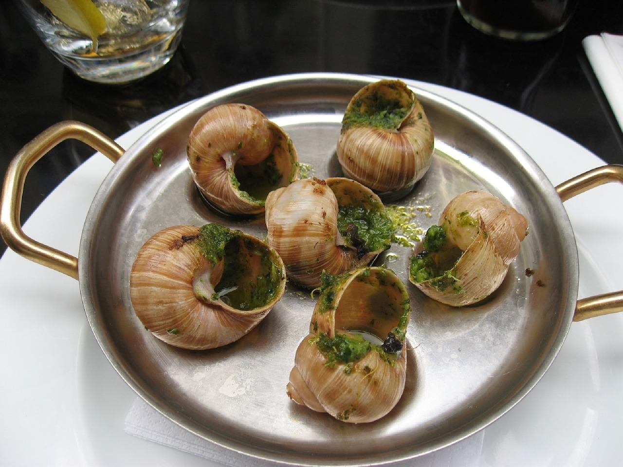 Escargots au beurre persillé, un vrai plaisir à table