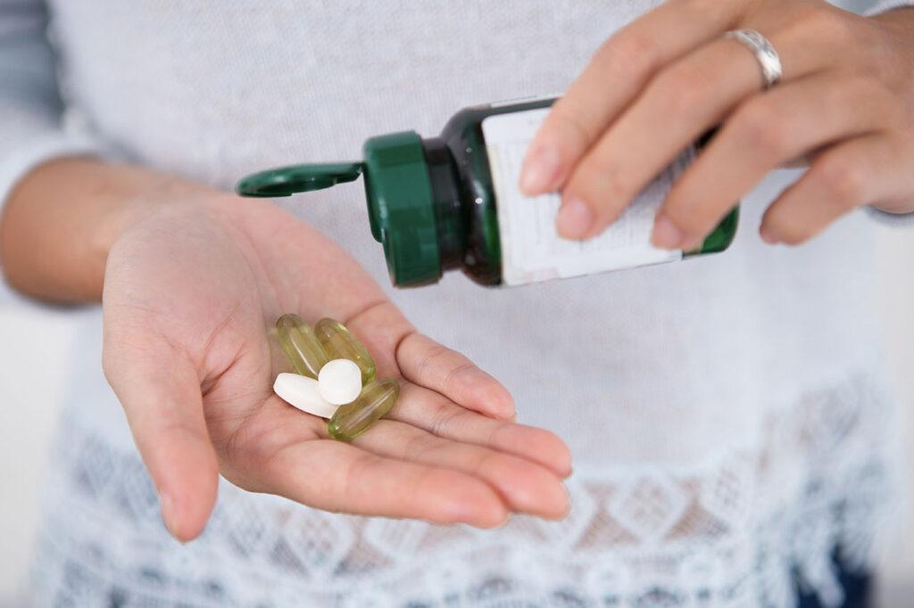 Multivitamines : comprimés, gélules, gommes, poudre, liquide lesquels choisir ?