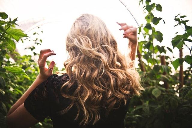 shampoing écologique pour femme