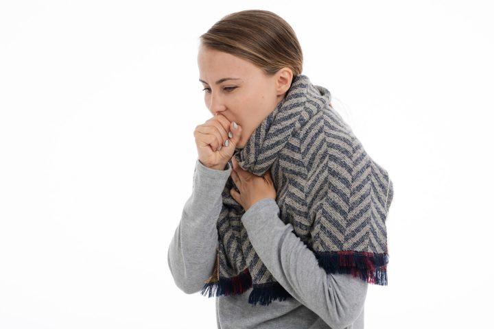 Le cancer de l'oesophage peut irriter la gorge